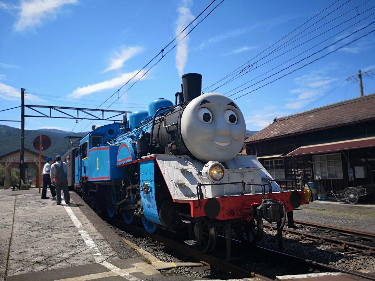 大井川鐵道のトーマス号を家山駅で見てきたよ